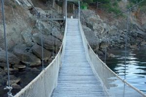 bridge-1224123-639x426